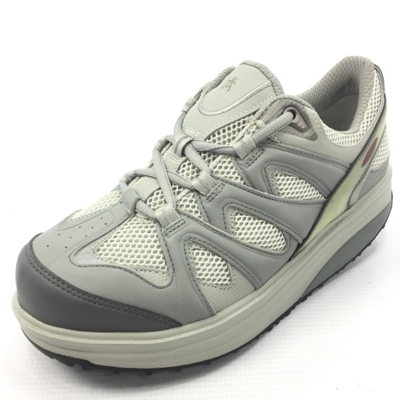 1b1c4733631c MBT Sport 2 Rocking Shoe Silver Gray 8.5 NEW. M 5a6e4f3c31a376c7e8368c8a